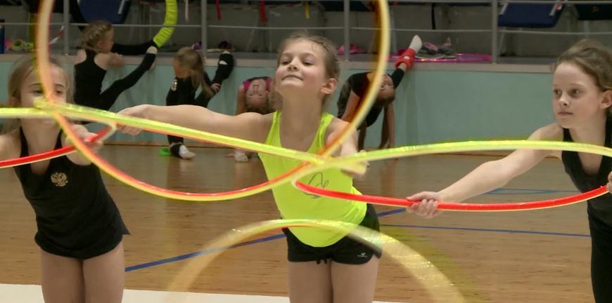 Пандемия в спорте: рязанские гимнастки на ковре показали высокие результаты. А что с учёбой?
