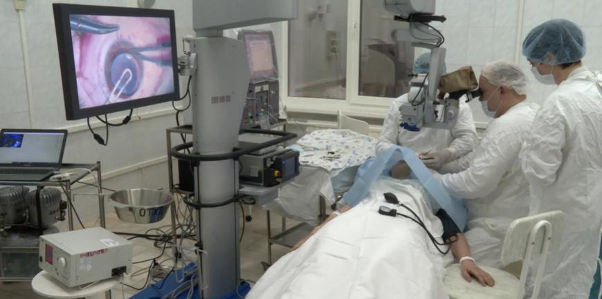 Рязанские врачи спасли пациентку от слепоты с помощью донорской роговицы